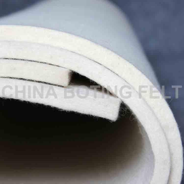 white felt roll 1