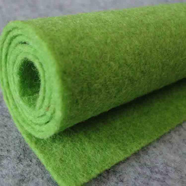green felt roll 4